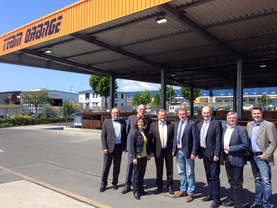 Kerstin Celina bei der Eröffnung des erweiterten Wertstoffhofs in Kürnach