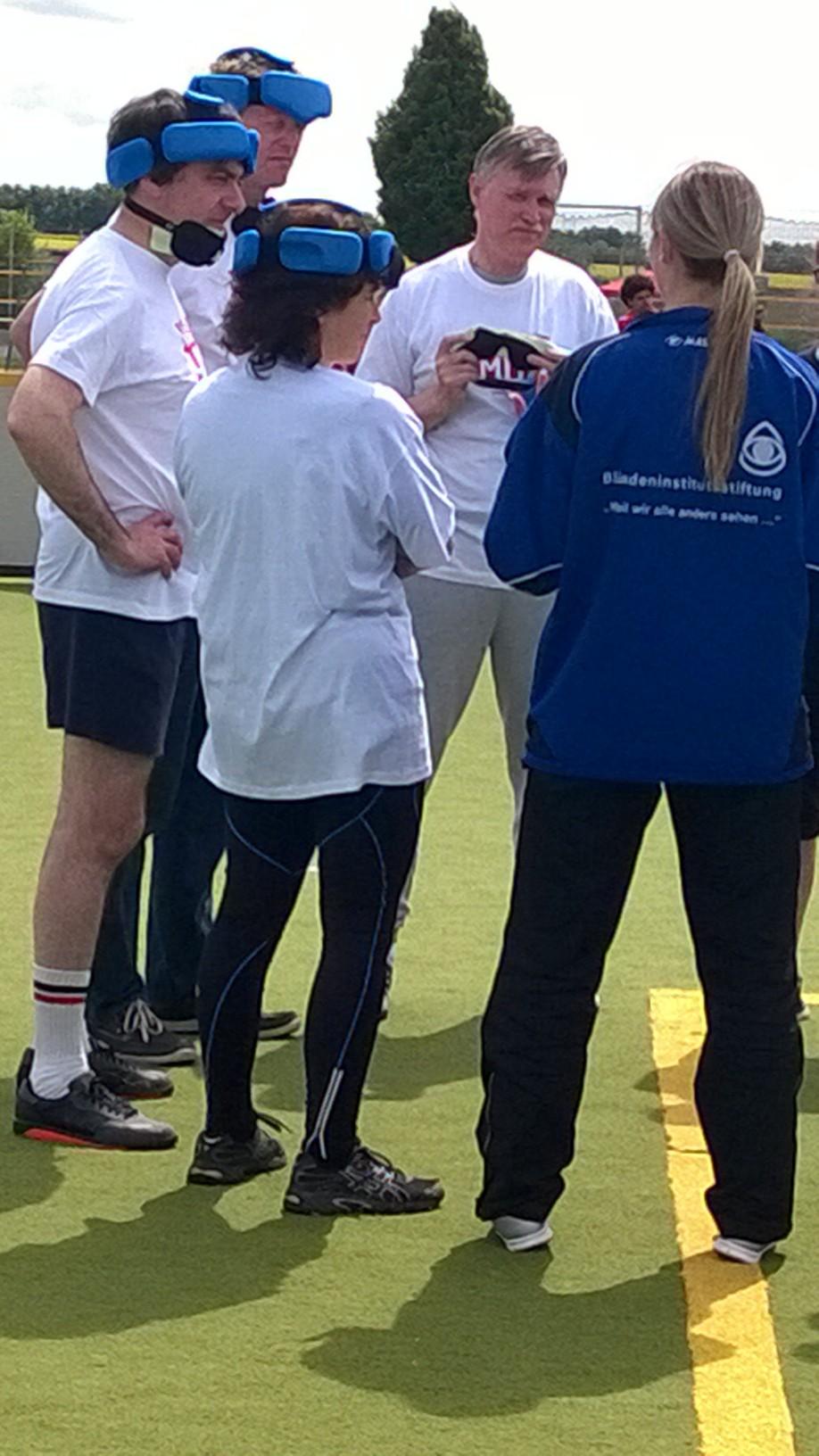 Kerstin Celina beim Blindenfußballspiel.
