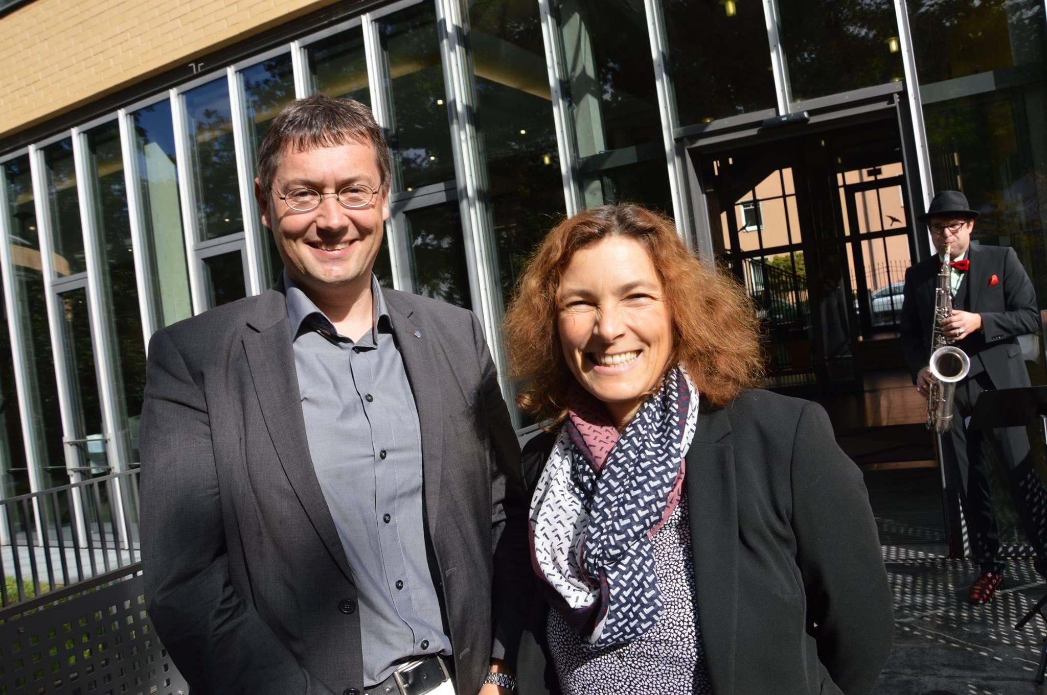 10 Jahre ZBFS - auf dem Foto ist Christoph Wutz, Leiter des bfw Würzburg, und Kerstin Celina. Bild mit freundlicher Genehmigung von Angelika Cronauer.