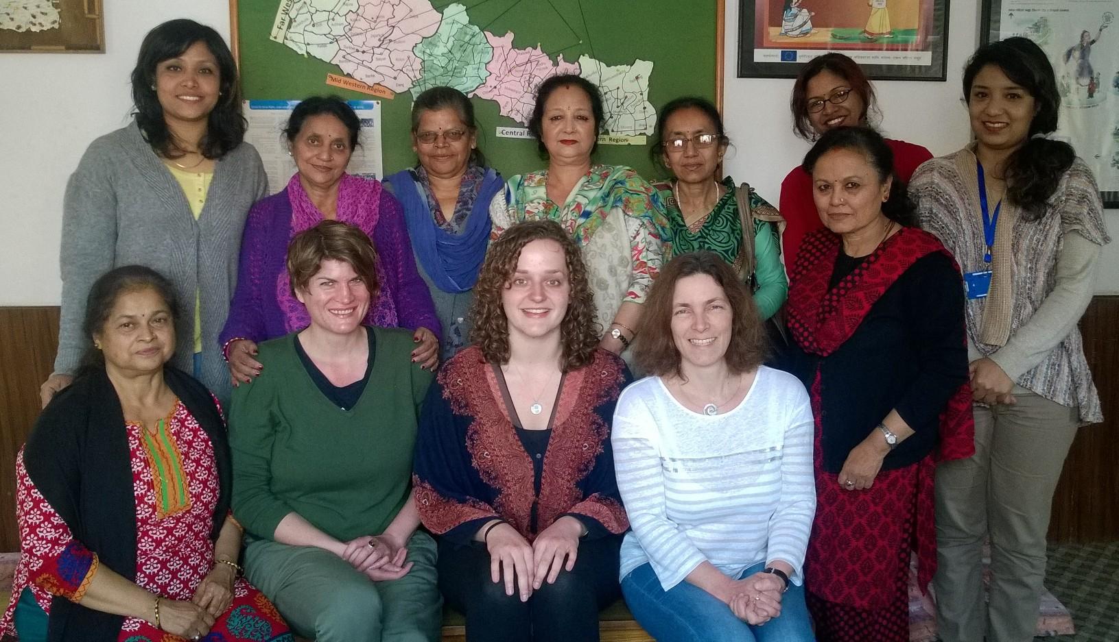 Beim Treffen mit Frauen der Organisation