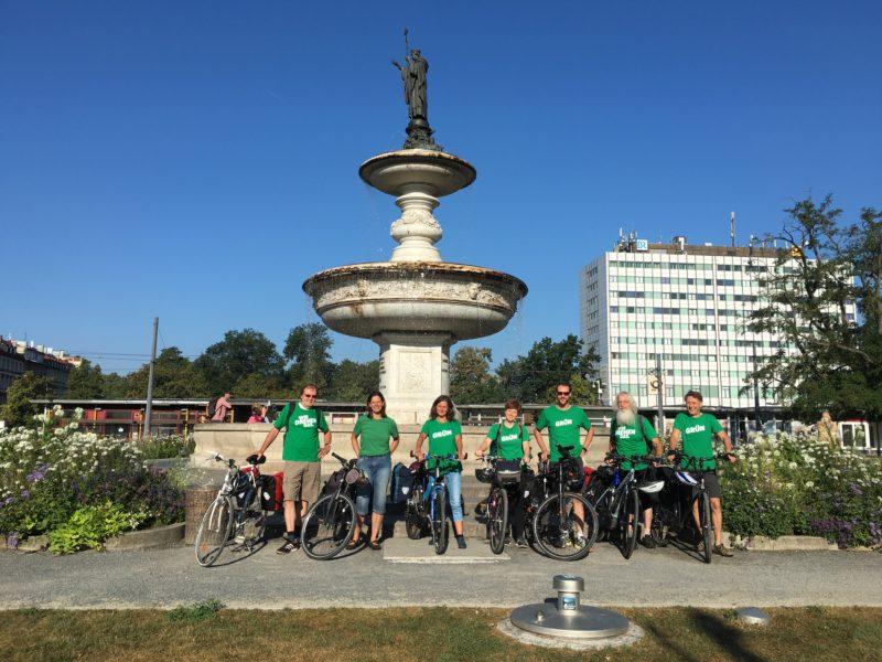 Gruppenfoto der Landtags-Radler*innen
