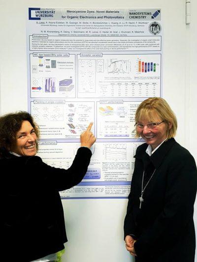 Kerstin Celina mit Dekanin Edda Weise.