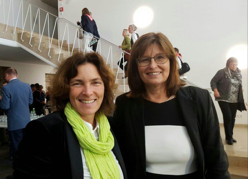 Kerstin Celina mit Karen Heußner während des Malteser-Empfangs.