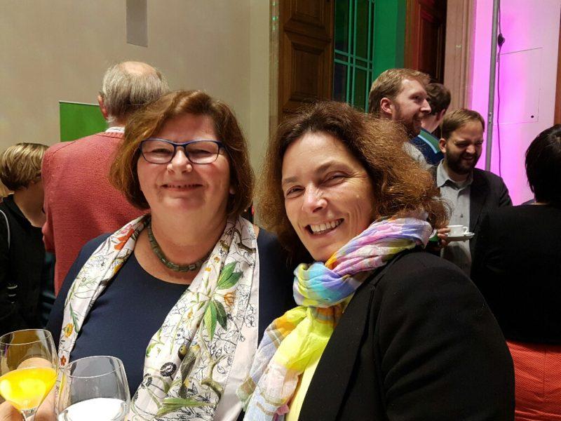 Christine Kamm und Kerstin Celina.