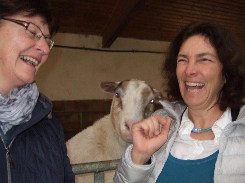 Mit Rosi Steinberger beim Biohof Binder.