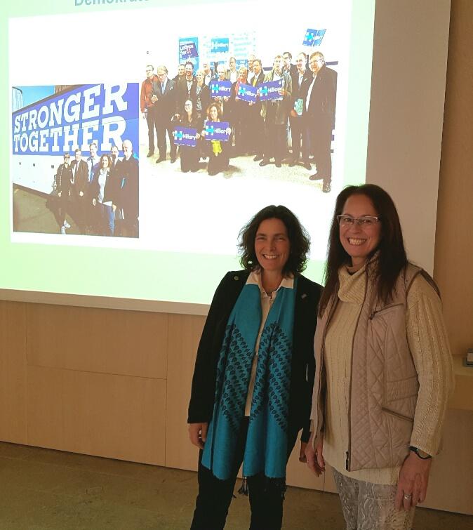 Beim Besuch der FOS/BOS mit Maria-Anna Foohs, Lehrerin