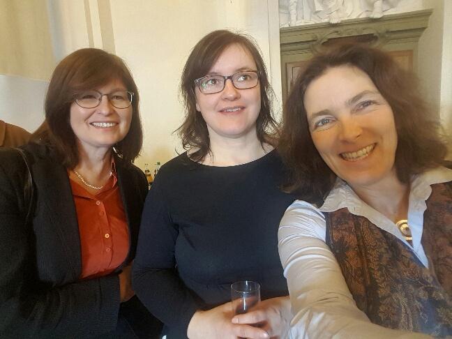 Mit der stellvertretenden GRÜNEN Landrätin Karen Heußner und der GRÜNEN Würzburger Stadträtin Silke Trost.