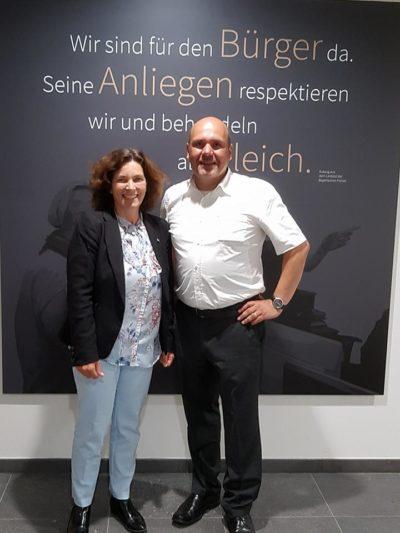 Kerstin Celina mit Christian Schulz (Gewerkschaft der Polizei).