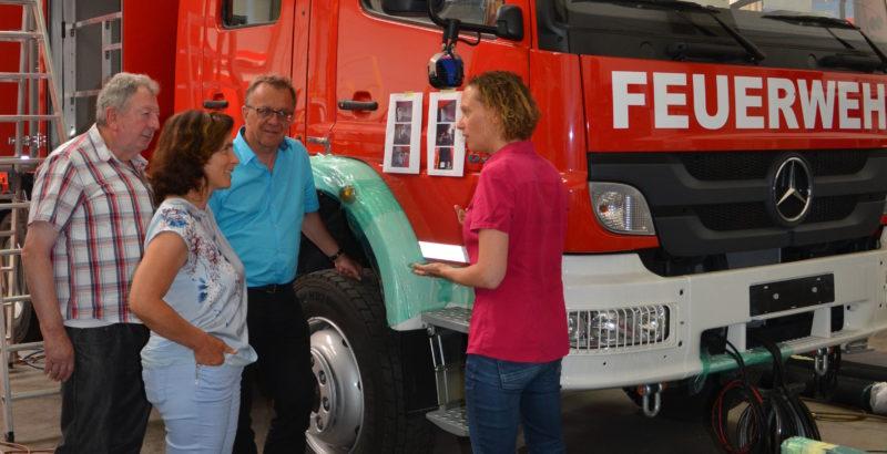 Auf dem Foto von links nach rechts zu sehen: Fred Stahl, Kreisrat; Kerstin Celina, MdL; Thomas Gehring, MdL und Ines Hensel, Geschäftsführerin.