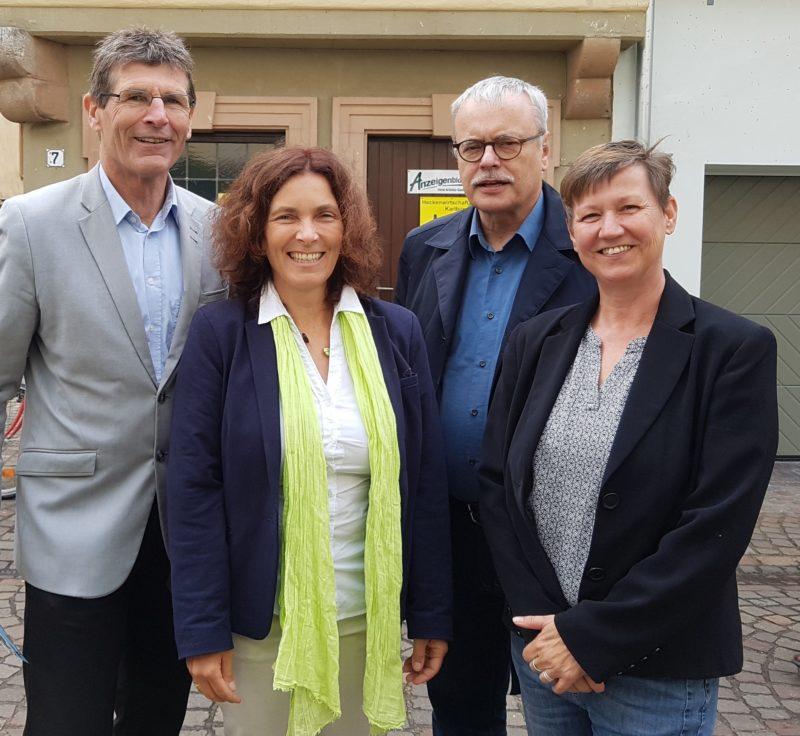 Landrat MSP Thomas Schiebel, MdL Kerstin Celina, MdB Uwe Kekeritz, Bezirksrätin Bärbel Imhof.