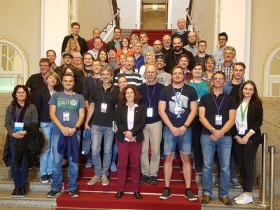 Gruppenfoto der Besuchsgruppe im Landtag.
