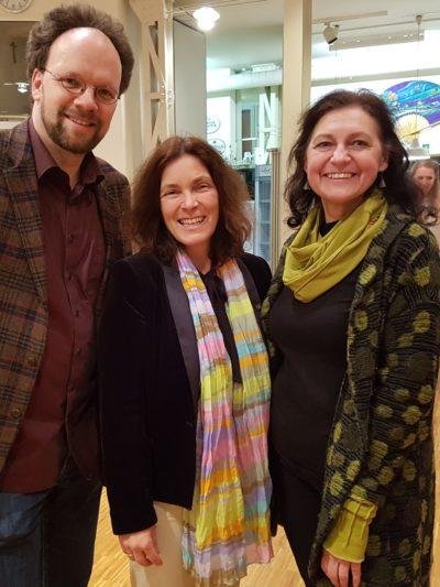 Kerstin Celina mit Patrick Friedl und Stadträtin Barbara Lehrieder.