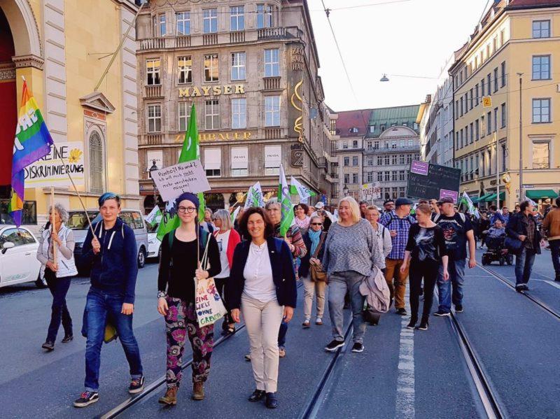Demonstration gegen die Stigmatisierung von Menschen mit psychischen Erkrankungen.
