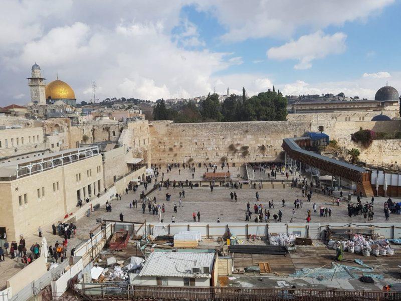 Altstadt Jerusalems mit Blick auf die Westmauer.