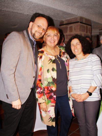 Patrick Friedl, Claudia Roth und Kerstin Celina.