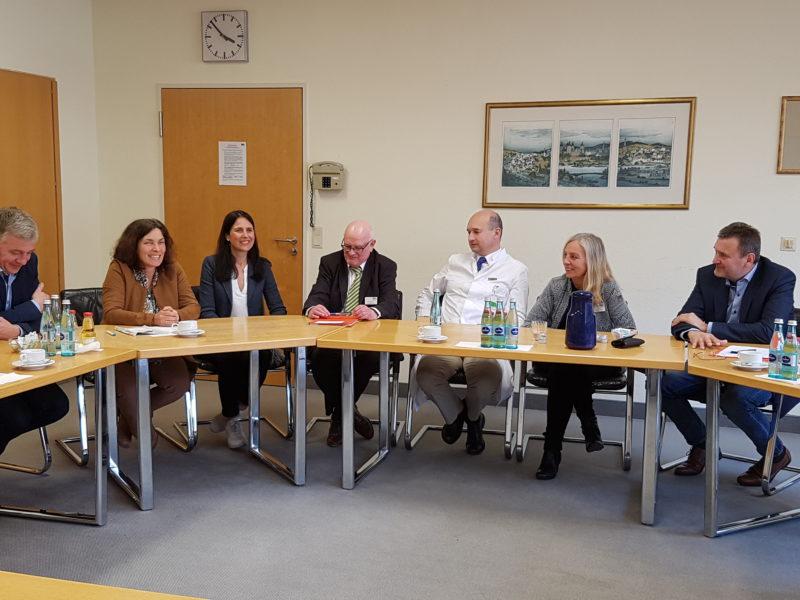 Stefan Wagener, Kerstin Celina, Christina Haubrich, Prof. Dr. Vince, Manfred Krenz, Ulrike Strobel, Herrmann Kunkel. Foto: Gerhard Kraft.